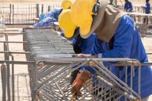 העסקת עובדים פלסטינים